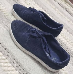 CLARKS Blue Perforated Soft Cushion Sneakers